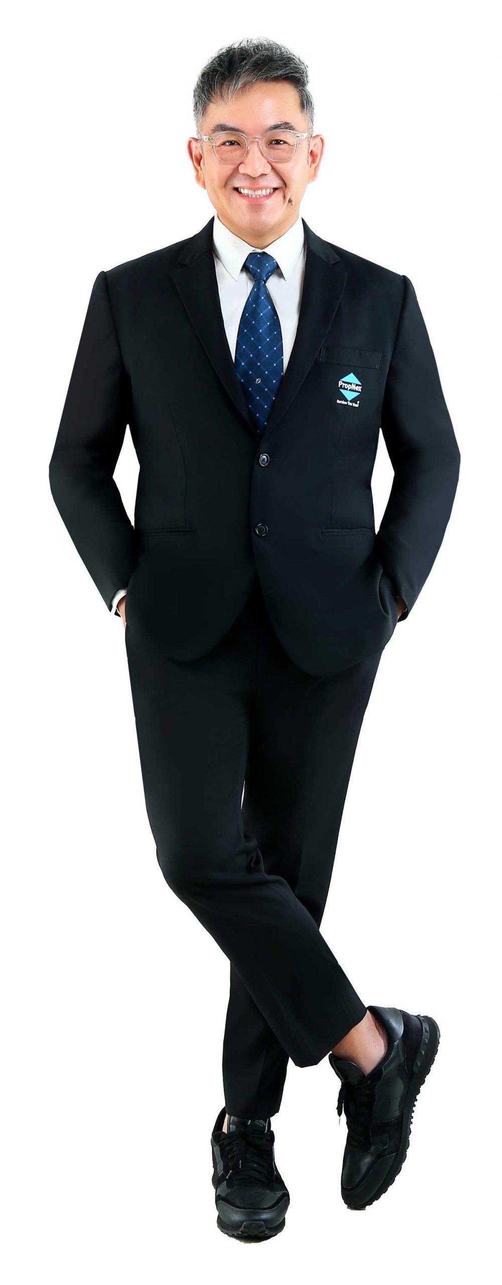 Dominic Lee Head of Luxury Properties